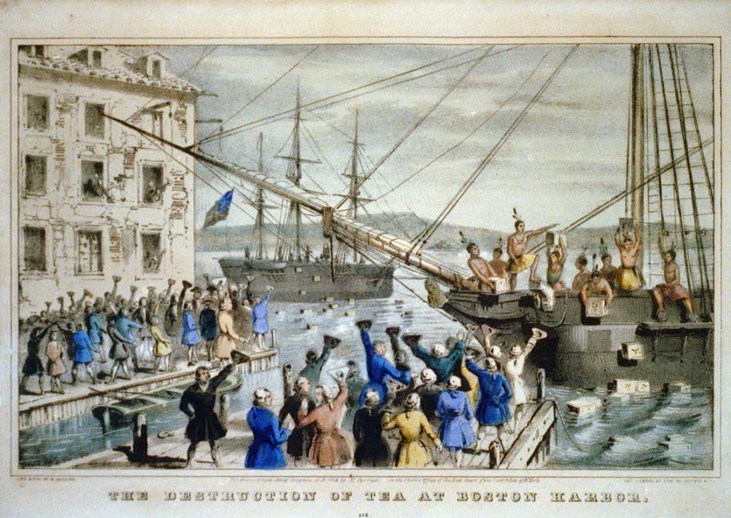 Неоправданно высокие цены в 1773 году на чай спровоцировали Бостонское чаепитие (на изображении) и положили начало Американской Революции.