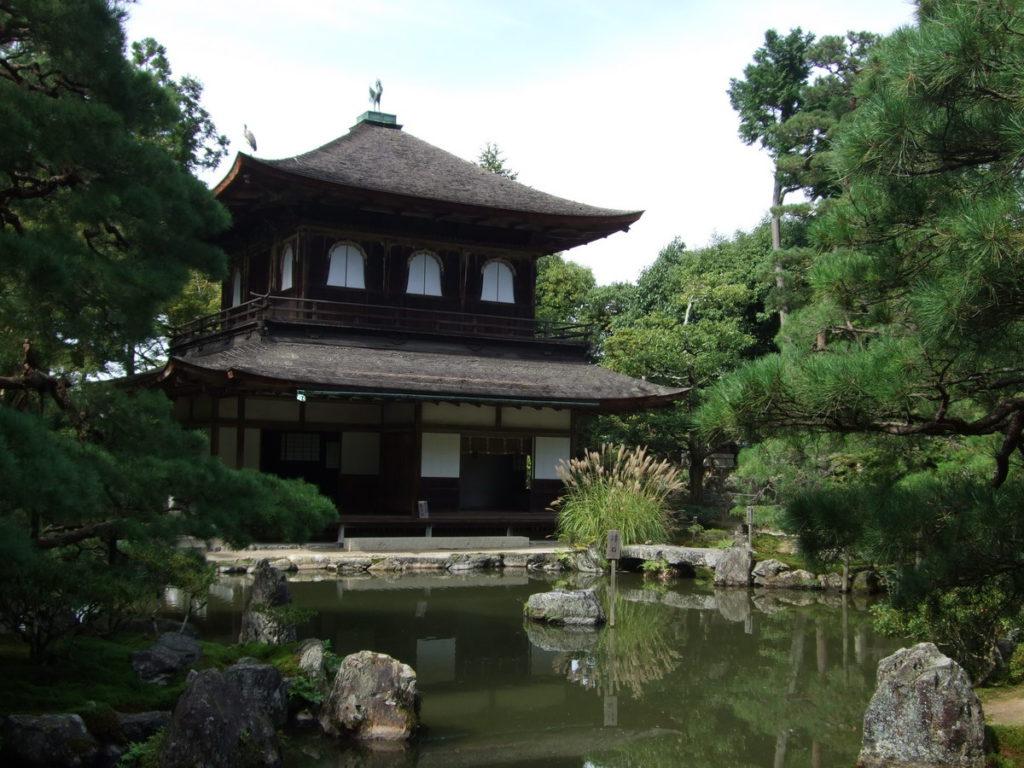 10. Храм Гинкаку-дзи (Ginkaku-ji Temple)