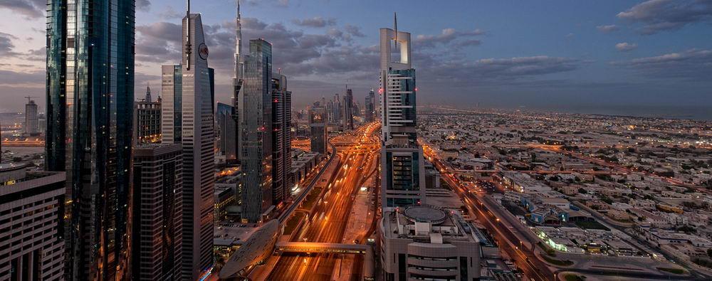Закат в Дубаи.