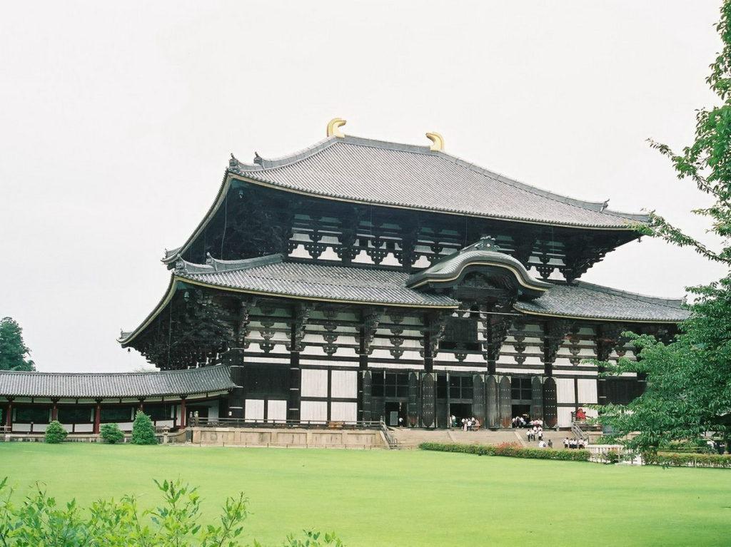 8. Древний храм Тодай-дзи (Tōdai-ji)
