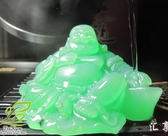 Статуэтка смеющегося нефритового Будды - Меняет Цвет при обливании кипятком