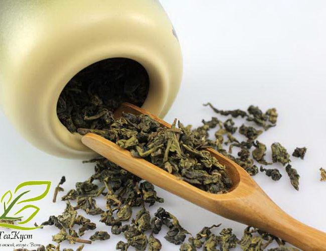 Бамбуковая ложка для чая - очень удобна для измерения.