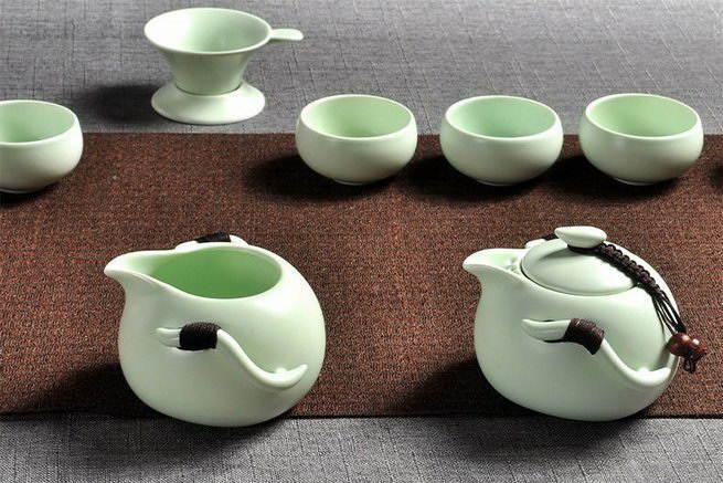 Чайник и чахай с боковыми ручками «Нефритовый император»