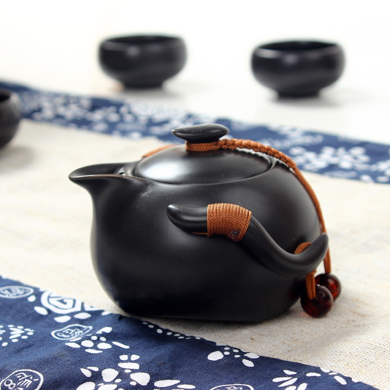 Черный чайный сервиз из фарфора «Чёрная жемчужина»