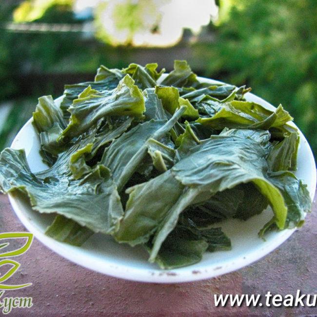 Заваренные листья зеленого чая Джунджак
