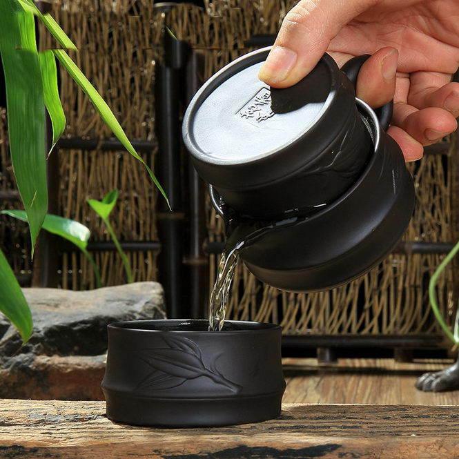 Практичный чайник с крышкой-пиалой (Сервиз «Стебель бамбука»)