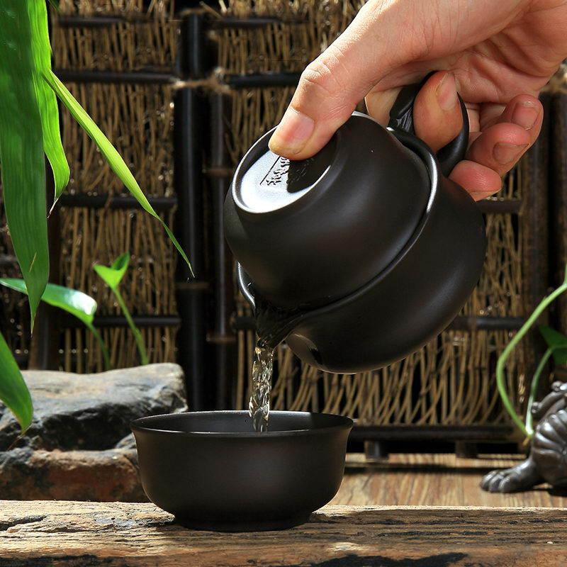 Чайный сервиз «Чёрный дракон»